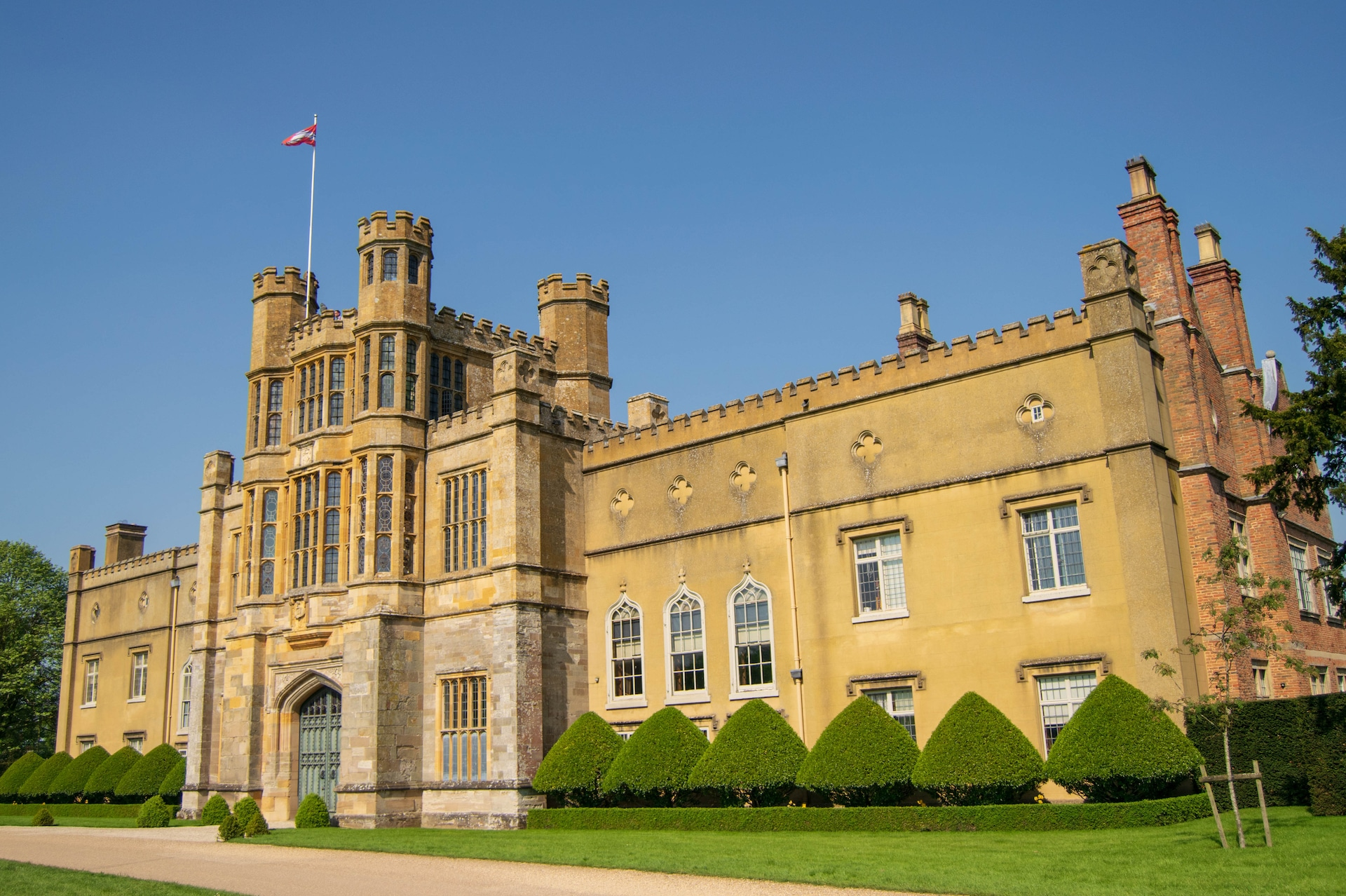 Coughton Court in the beautiful sunshine