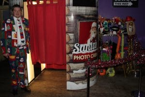 Santa's Cabin Photo Booth_7709